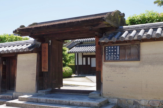 法隆寺の築地塀