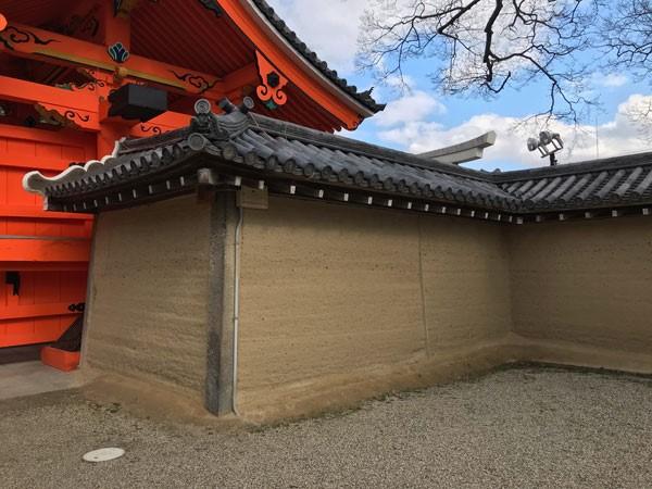 西宮神社の大練塀